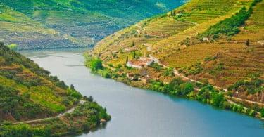 Estado incorpora 30 funcionários da Casa do Douro