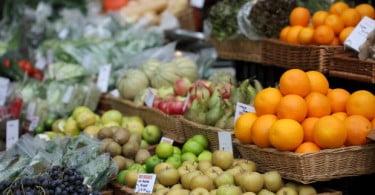 Governo aprova constituição de mercados locais de produtores