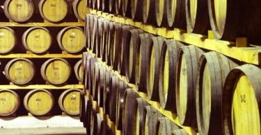 Quinta do Portal e cervejeira Letra criam cerveja maturada em cascos de vinho do Porto