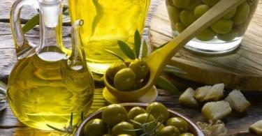 Itália e Tunísia exportam mais azeite para Espanha