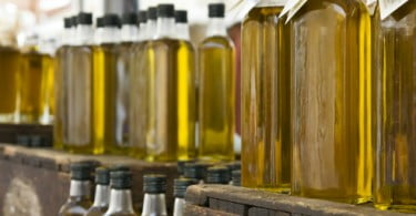 CE vai propor armazenagem privada de azeite