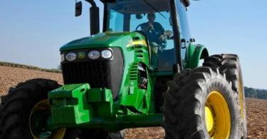 Deere & Company planeia novas fábricas no Brasil