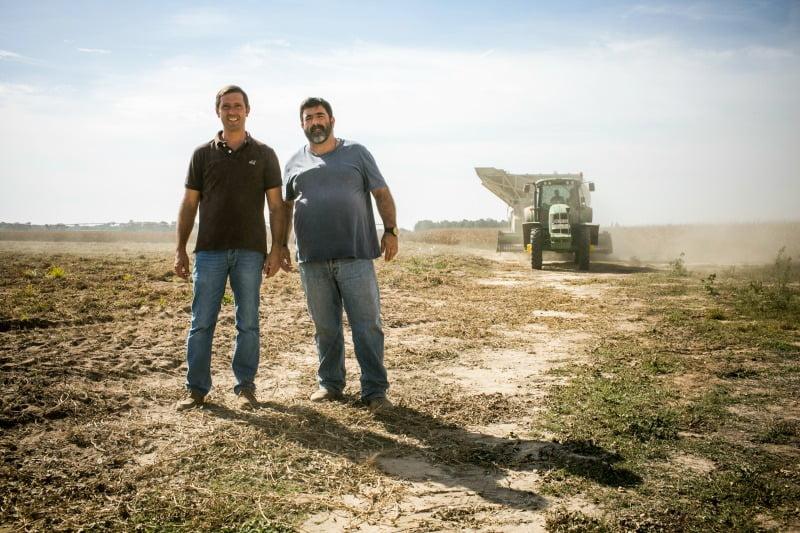 Luís Caçador e Luís Rouxinol, produtores de amendoim