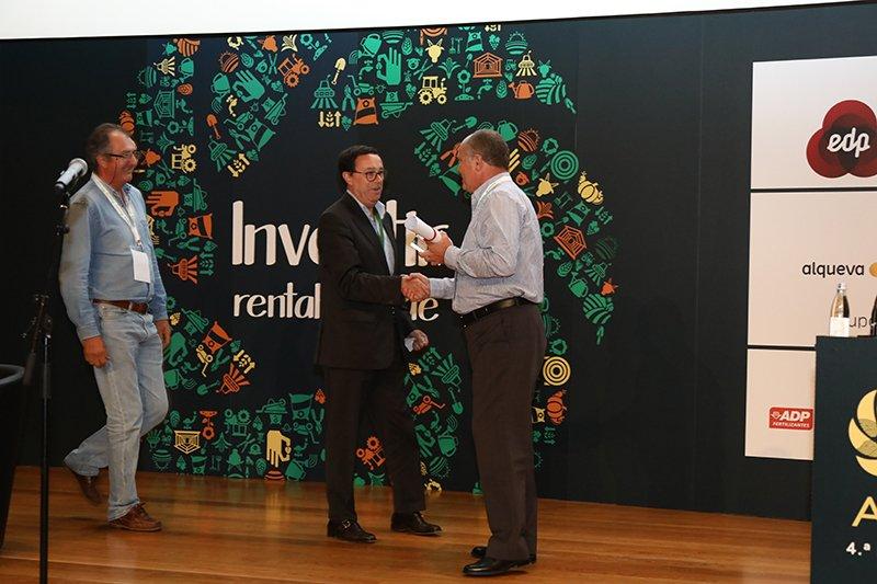 O projeto LUSARROZ que culminou com a inscrição de duas variedades nacionais de arroz no catálogo de variedades foi premiado