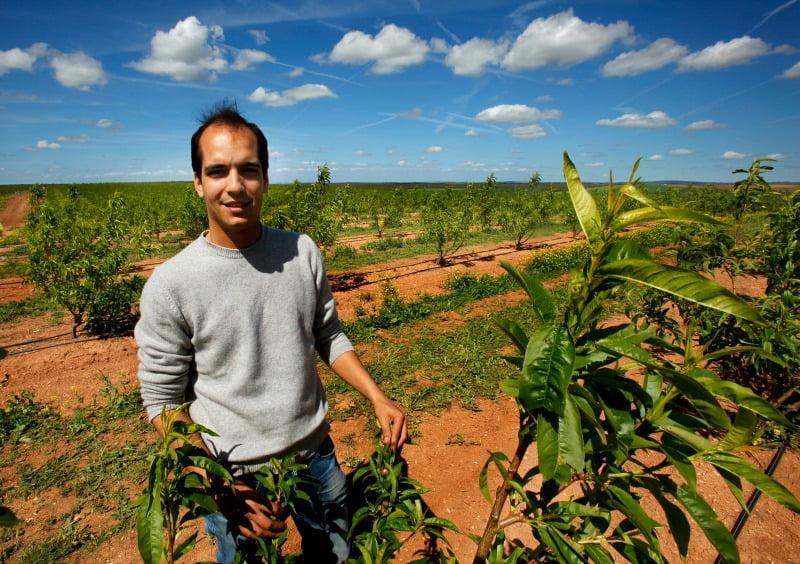João Serrano, da Fairfruit, produz pêssegos, nectarinas e alperces