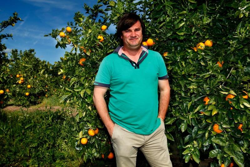 Mario Gemperle, da Citrusplus, produz laranja e vai começar a produzir amêndoa
