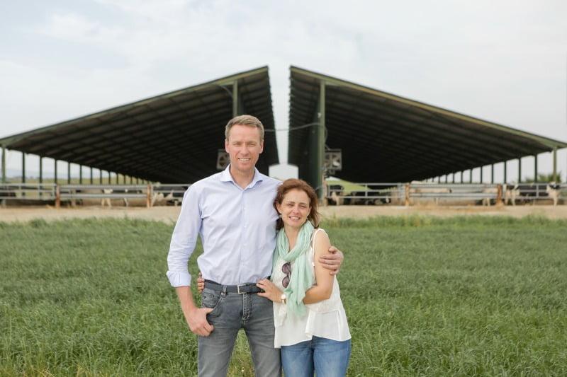 Frans e Dulce Elderink gerem uma exploração com 1000 vacas leiteiras