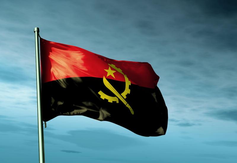 Angola quer reduzir importações