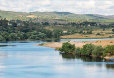 """Problemas de água """"podem resolver-se com água do Tejo"""", mas 'Projeto Tejo' fica de fora do PNI 2030"""