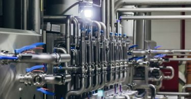 Produtores de leite defendem programa de redução voluntária da produção