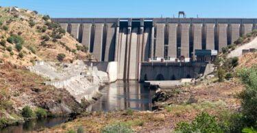 Valores mínimos do nível das águas do Tejo foram registados na sexta-feira, no troço entre Abrantes e Constância, tendo ainda não recuperado.