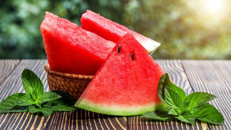 Uma investigação descobriu que a melancia provavelmente surgiu de progenitores de cultura silvestre no nordeste da África.