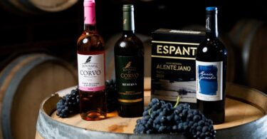 A Mercadona informou que os vinhos alentejanos da sua marca própria são produzidos pela Casa Relvas.